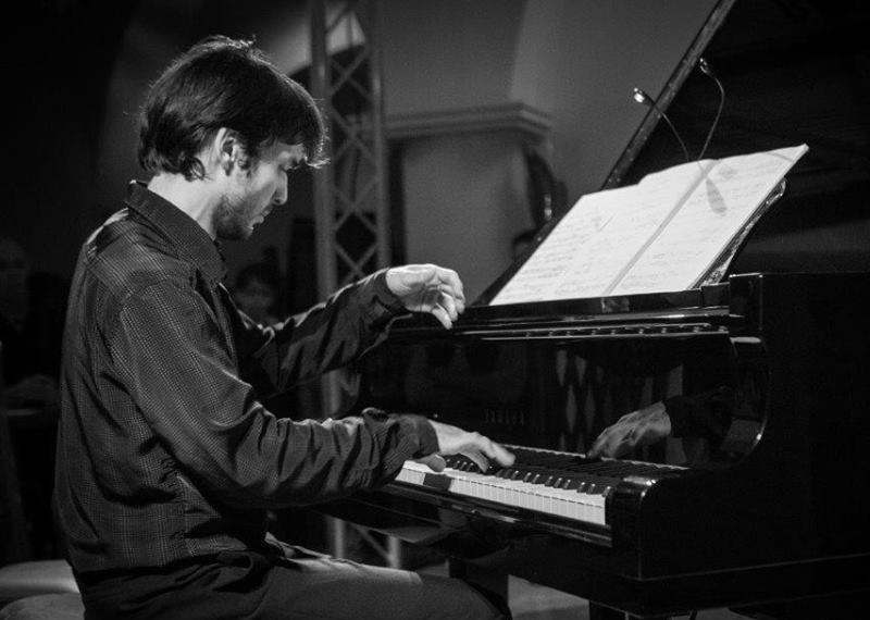 H-Chabert-Calvi-pianiste